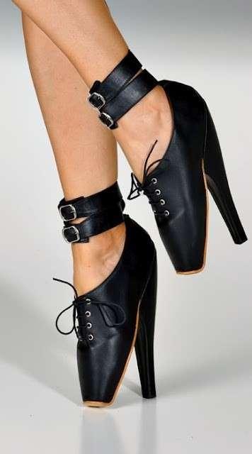 Las Cenicientas y el fetichismo del zapato